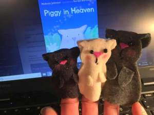 Piggy Puppets